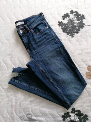 Skinny Jeans Zara 36 neuwertig