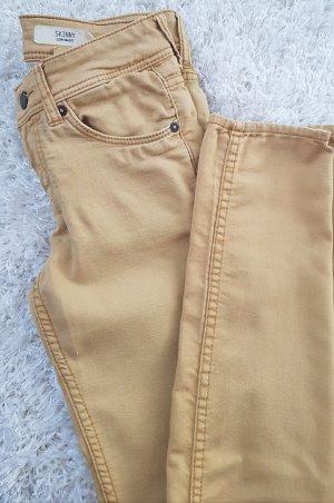 Skinny Low Waist Jeans > Senfgelb