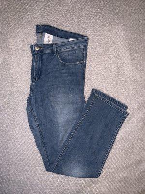 Slim Cropped Low Waist Jeans von H&M
