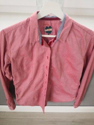 Slim fit Bluse mit feinen Details
