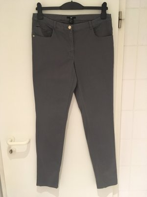 Slim-Hose aus Baumwolle von H&M in Größe 40 (42)