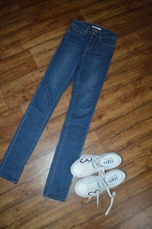 Slimming Skinny Levis Jeans Röhre Top Gr. 34/36