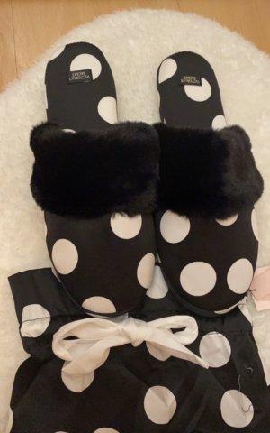 Victoria's Secret Scuffs black-white