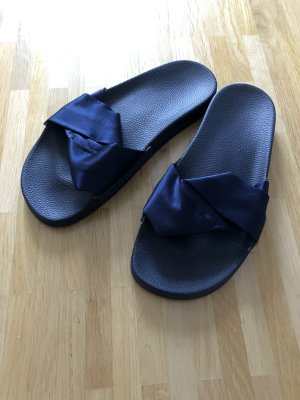 Slydes Sandalias de playa azul oscuro