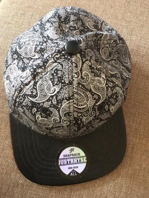 SnapBack mit Paisleymuster Just Rhyse