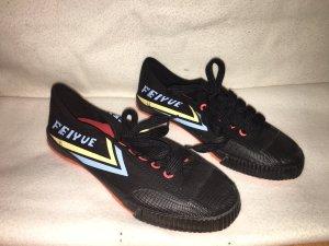 Sneaker con zeppa nero-rosso chiaro