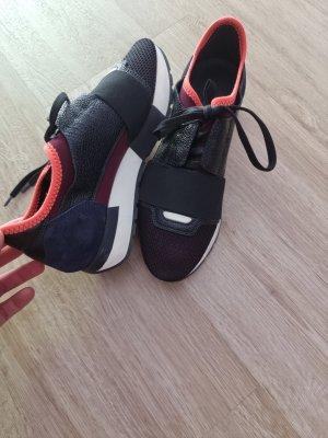 Balenciaga Platform Trainers black