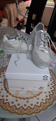 5th Avenue Sneakers met veters wit