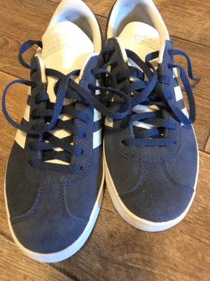 Adidas Sznurowane trampki niebieski-biały