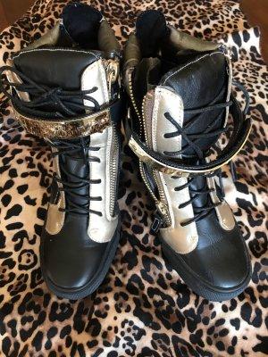 Low boot noir-doré