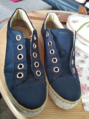 Bugatti Lace-Up Sneaker dark blue