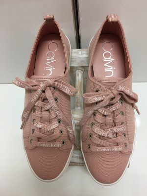 Calvin Klein Lace-Up Sneaker pink
