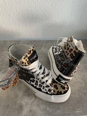Sneaker (chucks)