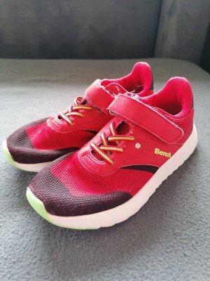 Bench Sneaker slip-on nero-rosso