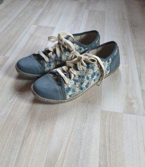 Sneaker Flower