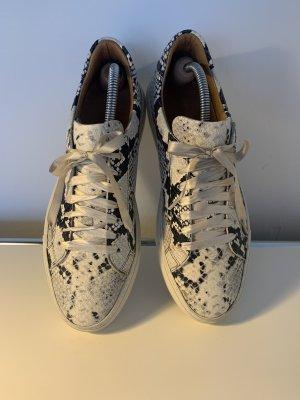 Sneaker geprägtes Leder Gr. 40