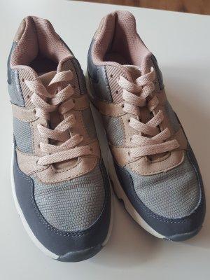 Sneaker Gr.38
