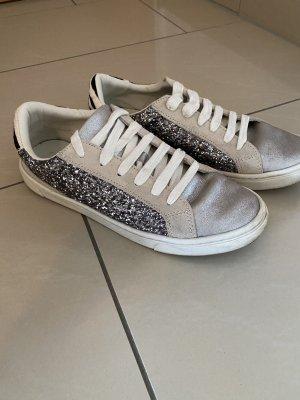 Sneaker Gr. 38