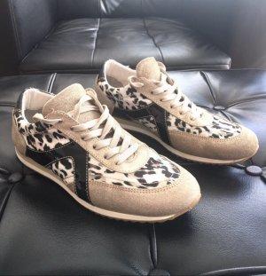 Sneaker Gr.39 Neuwertig!