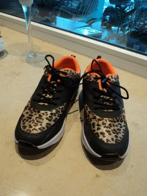 Sneaker, Gr. 40, wie Neu