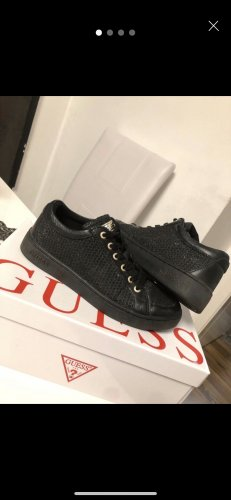 Guess Sneaker stringata nero