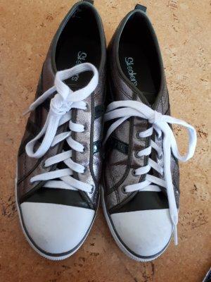 Sneaker in grau-metallic-weiß