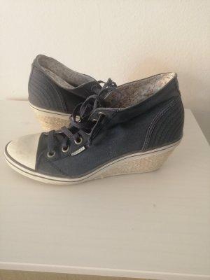 Sneaker-Keilabsatz Schuhe