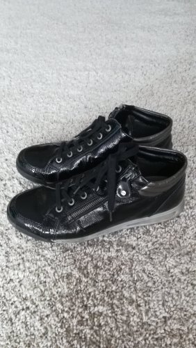 Sneaker Lack Leder schwarz