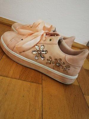 Sneaker mit Blumenperlenmuster, Größe 39
