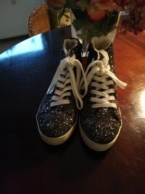 Fritzi aus preußen Lace-Up Sneaker black