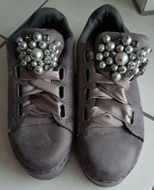 Sneaker mit Perlen & Glitzersteine, Gr. 36 / 37, grau, super Zustand