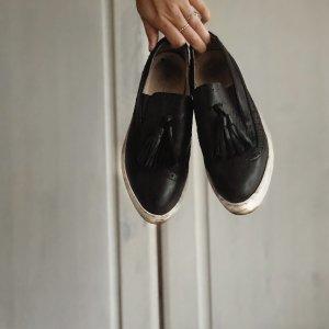 Sneaker mit Platteau aus Leder
