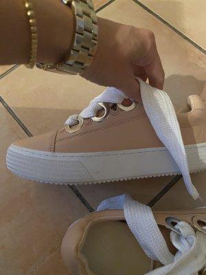 Sneaker mit Platton