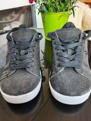 Reno Lace-Up Sneaker black-silver-colored