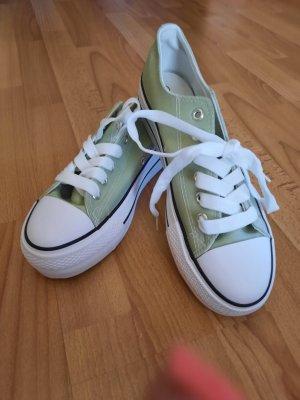 Sneaker Neu Pistaziengrün