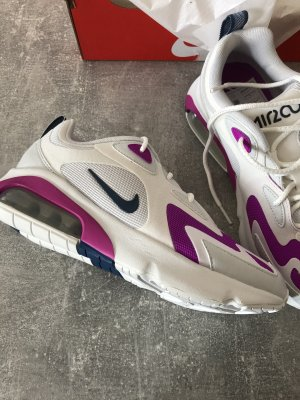 Sneaker Nike Air Max 200