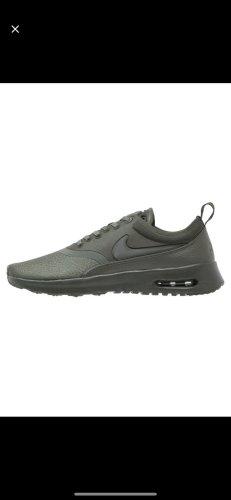 Sneaker Nike Gr. 38