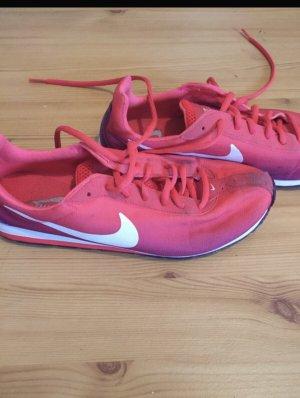 Sneaker Nike, Gr. 39
