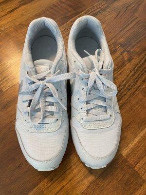 Sneaker | Nike | Größe 38,5 (UK 6)