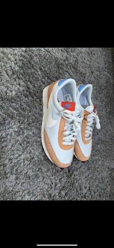 Sneaker nike orange weiß