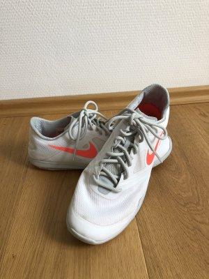 Sneaker Nike Performance