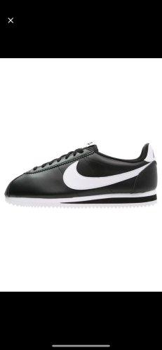 Sneaker Nike schwarz weiß