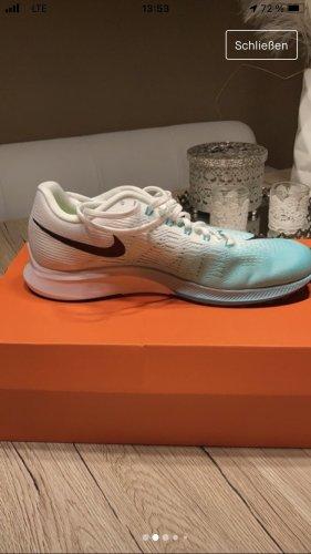 Sneaker Nike Sportschuh