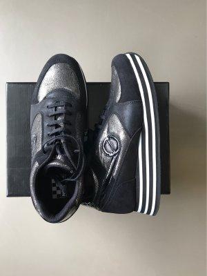 Sneaker No Name wie neu