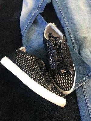 Sneaker Nubik