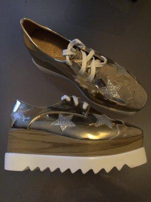 Zapatillas con tacón color oro-color plata