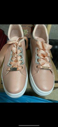 Sneaker schuhe NEU