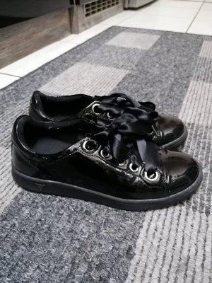 Sneaker Schuhe von Guess, Größe 38, Lackschuhe, Must Have