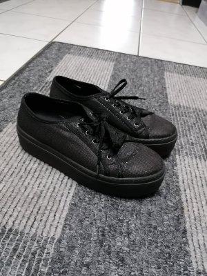 Sneaker Schuhe von Guess, Größe 38, Plateauschuhe, Must Have