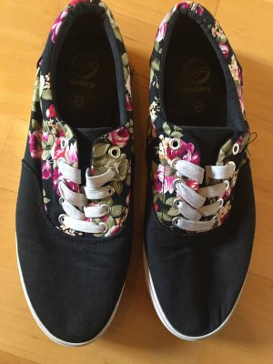 Sneaker schwarz mit Blumenmuster